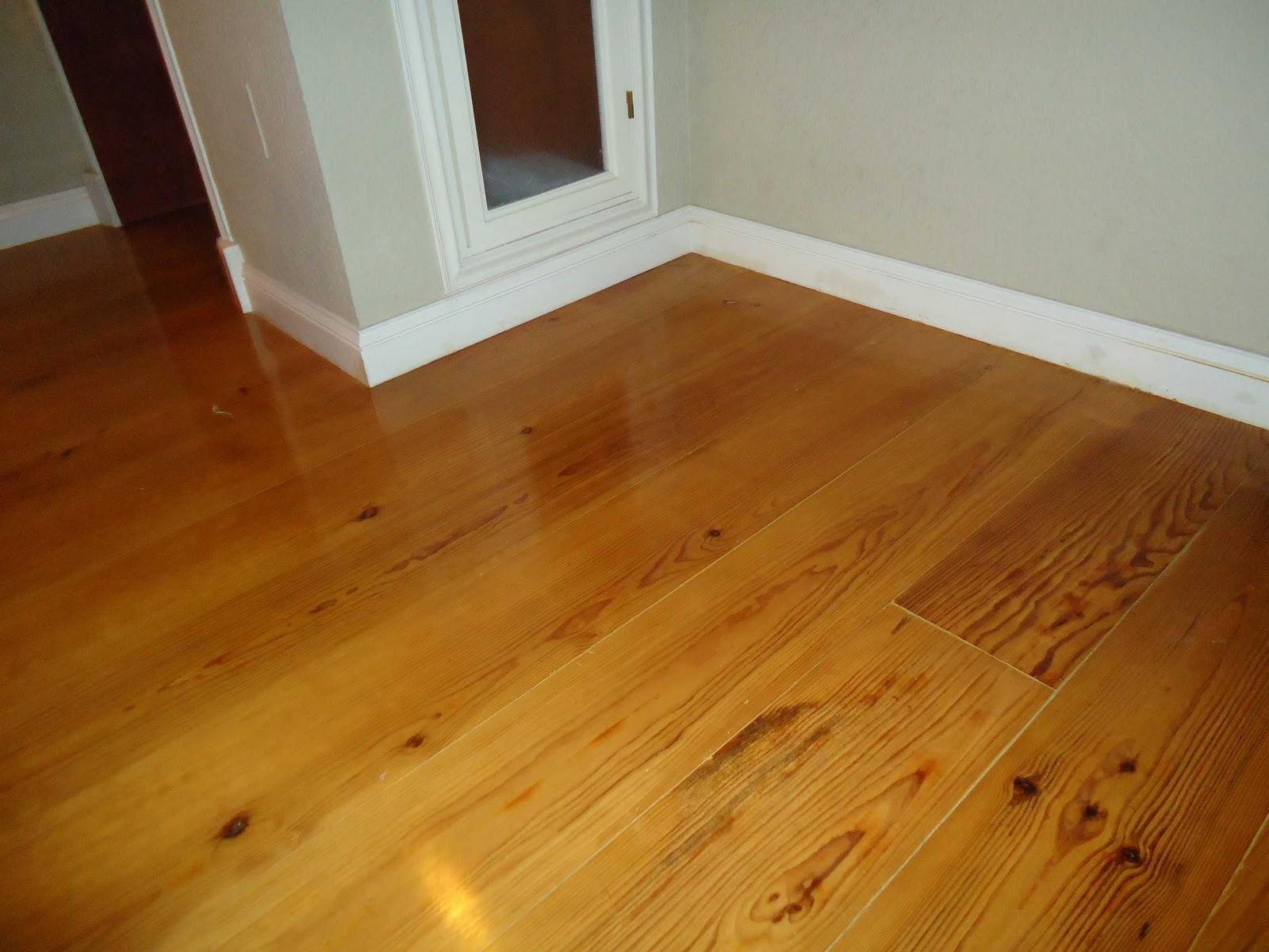 Como instalar un rodapi para un suelo de parquet - Plaqueta imitacion madera ...